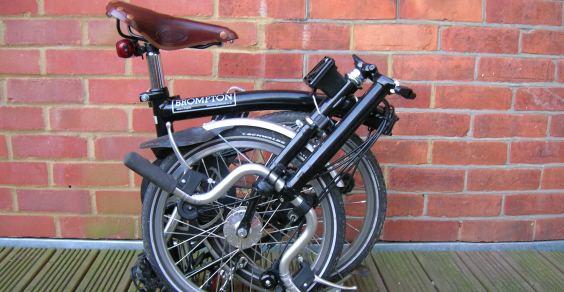 Come trasportare la bici in auto archivio bici da share for Trasportino cane scooter