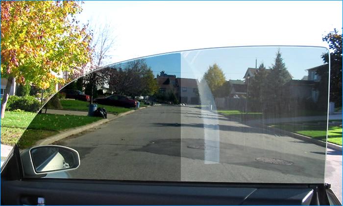 Come pulire i vetri interni dell 39 auto la tua auto - Pulire vetri finestre ...