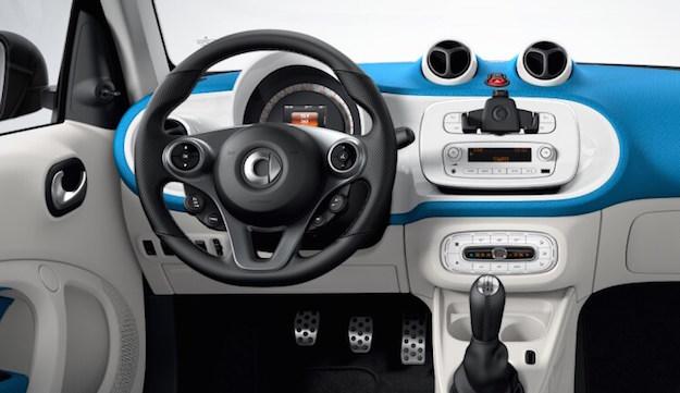 smart cambio manuale o automatico la tua auto. Black Bedroom Furniture Sets. Home Design Ideas