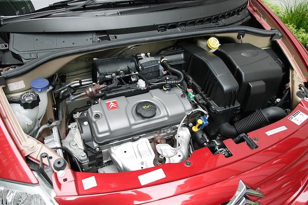 manutenzione batteria auto