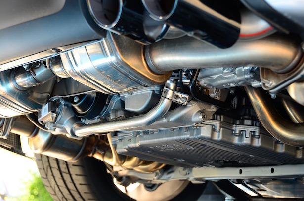 rivenditore online tra qualche giorno ottima vestibilità Cosa succede al motore se la marmitta è bucata - La tua auto