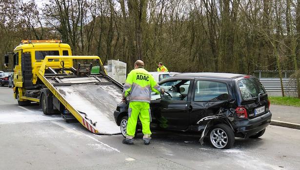 Incidente con auto a noleggio