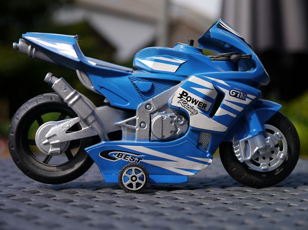 trasporto bambini in moto